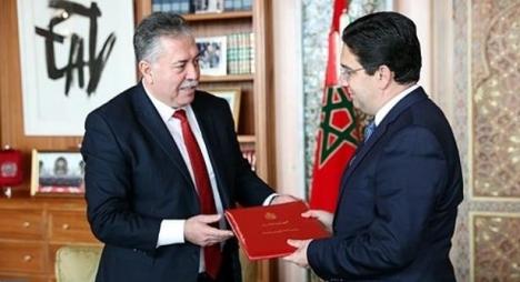 بوريطة يستقبل مبعوثا للرئيس التونسي حاملا رسالة لجلالة الملك