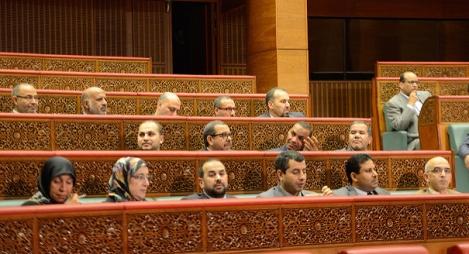 """""""مصباح"""" المستشارين ينتفض ضد بنشماش لخرقه الدستور"""