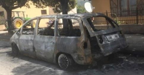 حرق سيارة مغربية مرشحة للإنتخابات البلدية في إيطاليا