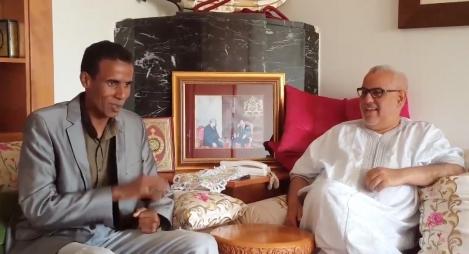 ابن كيران يستضيف الفنان الكوميدي الذي قلده في قناة نسمة (فيديو)