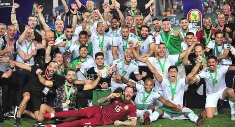 المنتخب الجزائري يتوج بلقب بطولة كأس إفريقيا للمرة الثانية في تاريخه