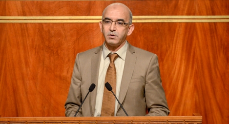 """الشيخي يكشف تفاصيل فكرة """"التعاقد"""" مع مساعد لكل مستشار برلماني"""