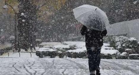 استمرار الطقس البارد بالمغرب وتساقط الثلوج بالأطلس المتوسط
