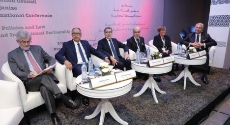 العثماني يبحث سبل التعاون المشترك مع نائب رئيس مجموعة البنك الدولي