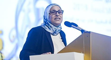 """الحقاوي: اخترنا في """"جائزة تميز"""" موضوع الإبداعات الفنية لفائدة المرأة (فيديو)"""