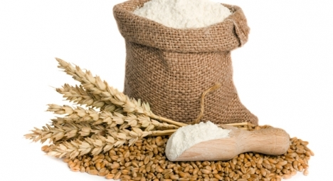 الحكومة تطمئن بشأن وفرة المخزون الوطني من الحبوب