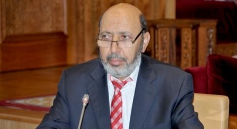 بادرة حميدة.. عمدة مراكش يعقد لقاء تواصليا مع أرباب المقاهي والمطاعم