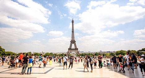 بعد إغلاقه لأزيد من 3 أشهر.. فرنسا  تعيد افتتاح برج إيفل