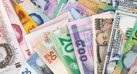 """رغم أزمة """"كورونا"""".. الدرهم يتحسن مقابل الدولار ويستقر أمام الأورو"""