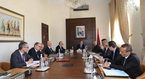 الحكومة تشرع عمليا في تنزيل مضامين ميثاق اللاتمركز الإداري