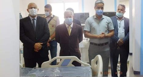 تارودانت.. جماعات ترابية تسلم أسرة طبية بأجهزة تنفس اصطناعية متطورة لمستشفى المختار السوسي