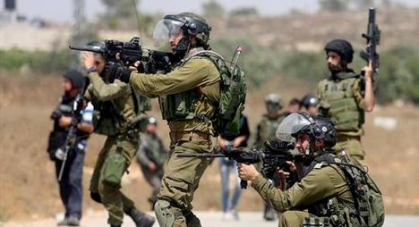 إصابة 8 فلسطينيين خلال مواجهات مع الجيش الإسرائيلي قرب رام الله