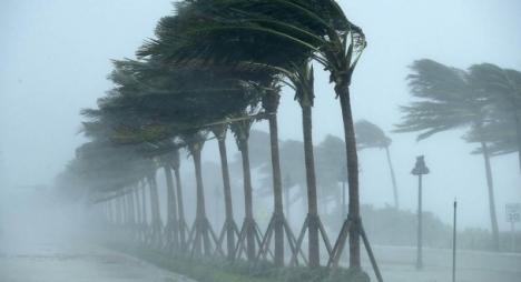 أمطار قوية ورياح عاصفية وتساقطات ثلجية بعدد من أقاليم المملكة