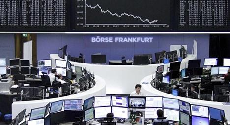 """الأسهم الأوروبية تسجل أدنى مستوى جراء تزايد وتيرة  إصابات """"كورونا"""""""
