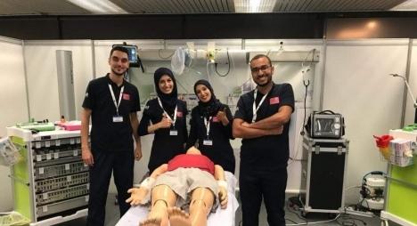 فريق طلبة كلية الطب والصيدلة بوجدة يحتل المرتبة الأولى عالميا في المحاكاة الطبية