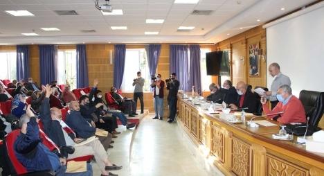 مجلس جماعة طنجة يصادق على مشروع ميزانية 2021 بإجماع الأعضاء