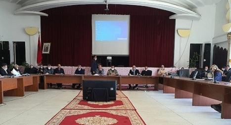 مجلس جماعة سلا يصادق بالإجماع على تحيين القرار الجبائي