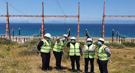 المغرب يعلن تسرب سائل عازل على مستوى أحد كابلات الربط الكهربائي مع إسبانيا