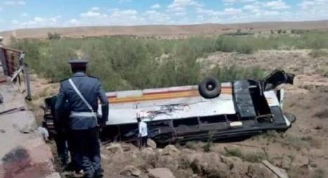 مأساة تازة.. 8 قتلى وعشرات الإصابات في حادث انقلاب حافلة