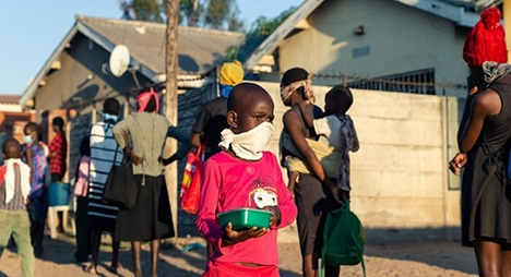 "دراسة: تداعيات ""كورونا"" تهدد نحو 86 مليون طفل إضافي بالفقر"