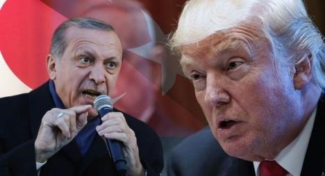 ما خلفيات وأبعاد استهداف الاقتصاد التركي؟