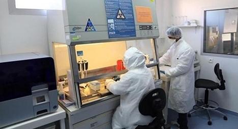 """تسجيل 107 إصابة جديدة بفيروس """"كورونا"""" لترتفع الحصيلة إلى 990 حالة بالمغرب"""