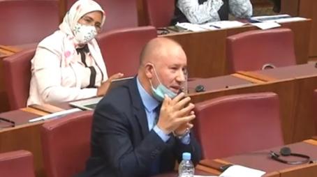 إبراهيمي يستغرب الدعوة لاعتماد معايير بعيدة عن المنطق الديمقراطي في الانتخابات