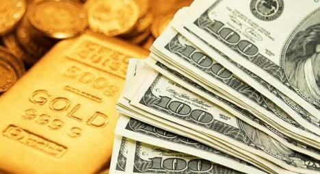 أسعار الذهب ترتفع مقابل تراجع الدولار