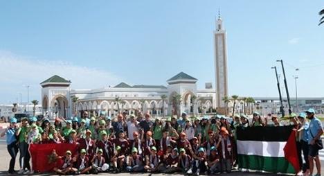 أطفال مقدسيون يزورون عددا من المواقع السياحية بمدينة طنجة