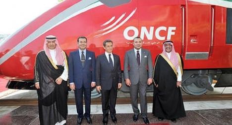 """جلالة الملك يطلق اسم """"البراق"""" على القطار المغربي الفائق السرعة"""