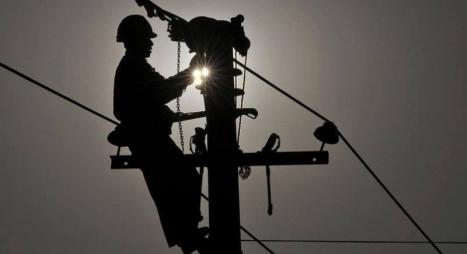 مكتب الكهرباء يوضح حقيقة انقطاع التيار الكهربائي بالدار البيضاء