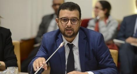 """الناصري يشخص نواقص نموذج """"النمو"""" الوطني وينبه لإشكالات الفوارق الاجتماعية"""
