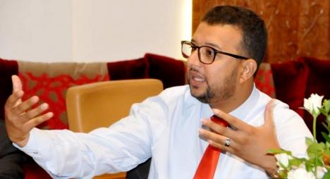 الناصري يبرز الدلالات السياسية لعرض الحكومة لحصيلتها المرحلية