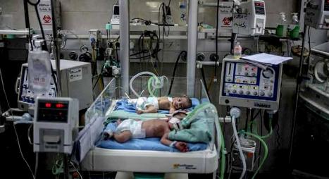 """"""" الأنروا"""" تدق ناقوس خطر وفيات الرضع في غزة"""