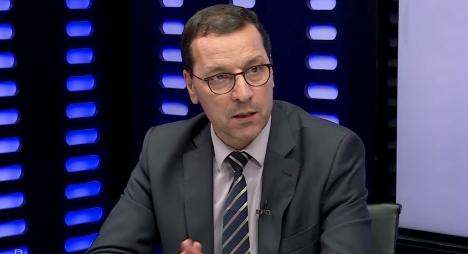 الصمدي: تقليص الحكومة لمناصب التباري لأطر الأكاديميات سيعيد شبح الاكتظاظ