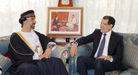 رئيس الحكومة يجري مشاورات مع رئيس مجلس الشورى العماني