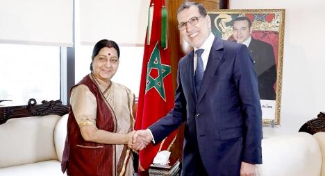 العثماني يتباحث مع وزيرة خارجية الهند تعزيز علاقات الصداقة والتعاون بين البلدين