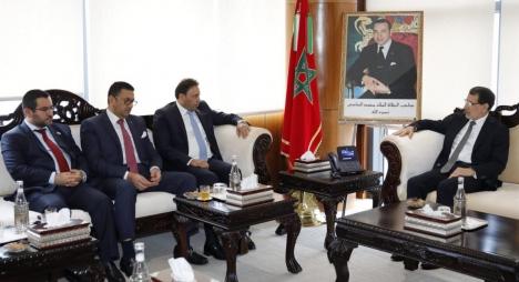 رئيس الحكومة يؤكد استعداد المغرب لتقاسم تجاربه وخبراته مع العراق