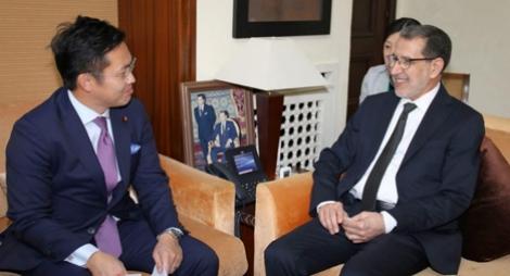 رئيس الحكومة يجري مباحثات مع كاتب الدولة المكلف بالشؤون الخارجية اليابانية