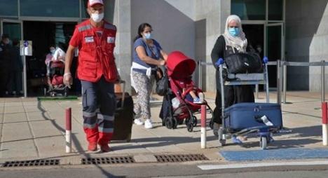 """""""كورونا"""" .. تواصل عملية عودة المغاربة العالقين في فرنسا"""