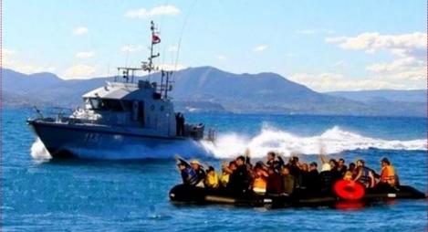 البحرية الملكية تنقذ 329 مرشحا للهجرة السرية بعرض البحر المتوسط