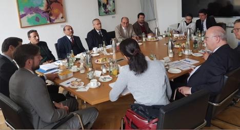 مجلس جهة درعة تافيلالت يتدارس مع منظمات ألمانية تطوير شراكات تنموية لجمعيات الجهة