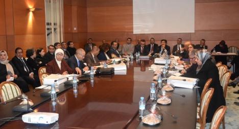أمكراز: المركزيات النقابية من أعمدة البناء الديمقراطي بالمغرب