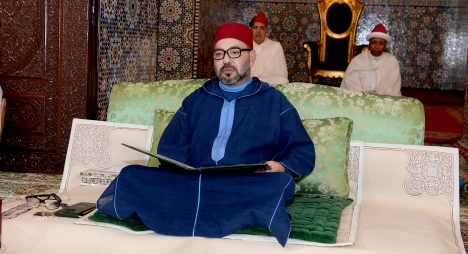 جلالة الملك يترأس حفلا دينيا بمناسبة الذكرى 21 لوفاة المغفور له الملك الحسن الثاني