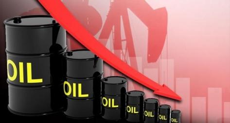 تراجع أسعار النفط مع تفوق مخاوف الفيروس على آمال الطلب