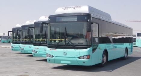 """هذه حقيقة استيراد جماعة الدار البيضاء لحافلات """"إسرائيلية"""""""