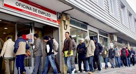 مغاربة إسبانيا يستبشرون خيرا بعد تعليق إخلاء المساكن المثقلة بالديون