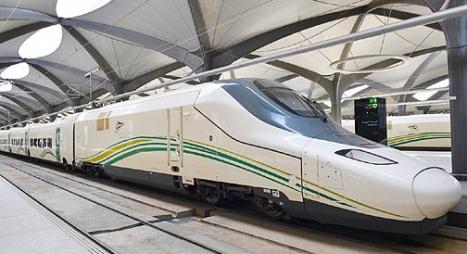 لأول مرة..قطار الحرمين السريع ينقل الحجاج بين مكة والمدينة خلال موسم الحج
