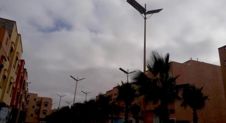 تيزنيت ... الإنارة العمومية بالطاقة الشمسية