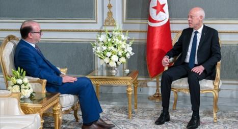 الولادة المستعصية.. سيناريوهات تشكيل الحكومة التونسية الجديدة